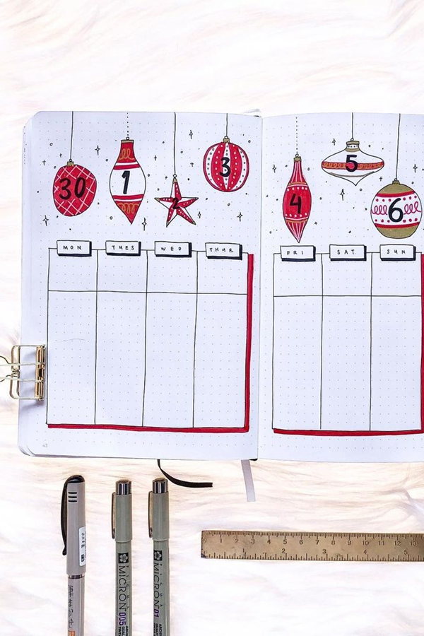 Dripping Ornaments Decorative Bujo Weekly Spread - December Bullet Journal Ideas - Weekly Spread for December