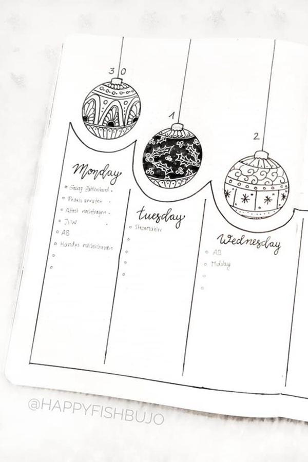 Scalloped Dividers Under Christmas Balls Decoration Idea - December Bullet Journal Ideas - Weekly Spread for December